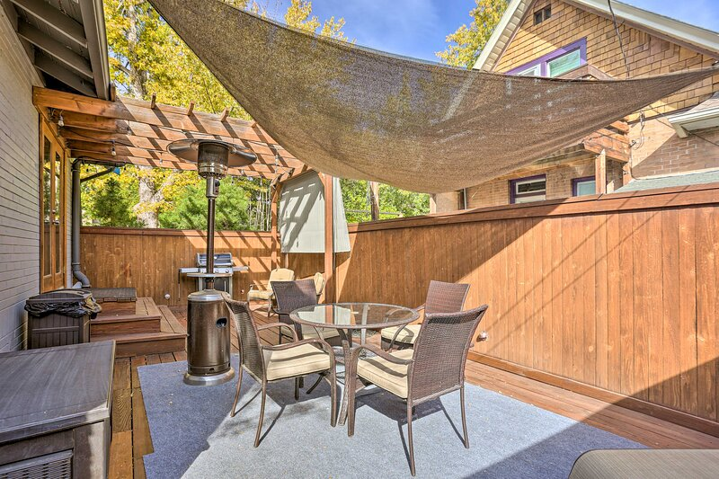 NEW! Updated Central Denver Getaway: 1 Mi to Dtwn!, holiday rental in Edgewater