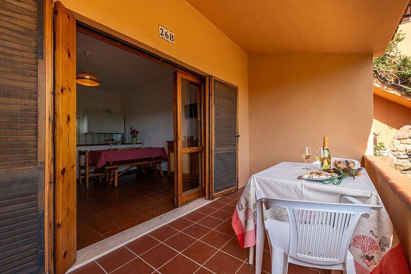 TRILOCALE BELLAVISTA 3, PORTO ISTANA, holiday rental in Porto Istana