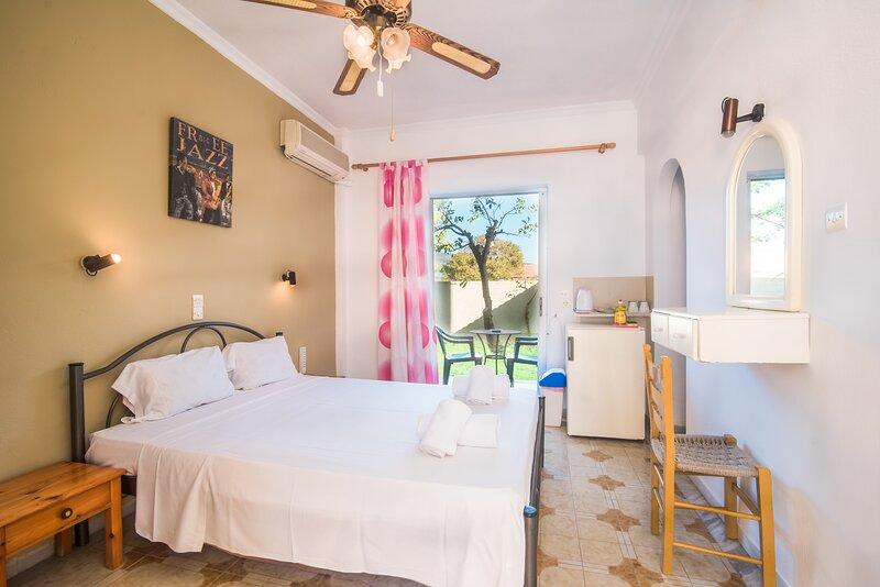 SouthGate 4, location de vacances à Agios Georgios