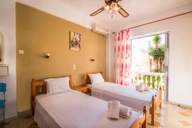 SouthGate 5, location de vacances à Agios Georgios