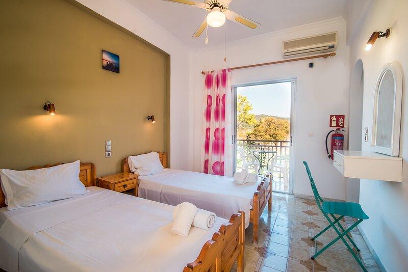 SouthGate 7, location de vacances à Agios Georgios