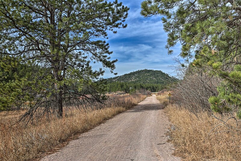 Hiking Trails On-Site