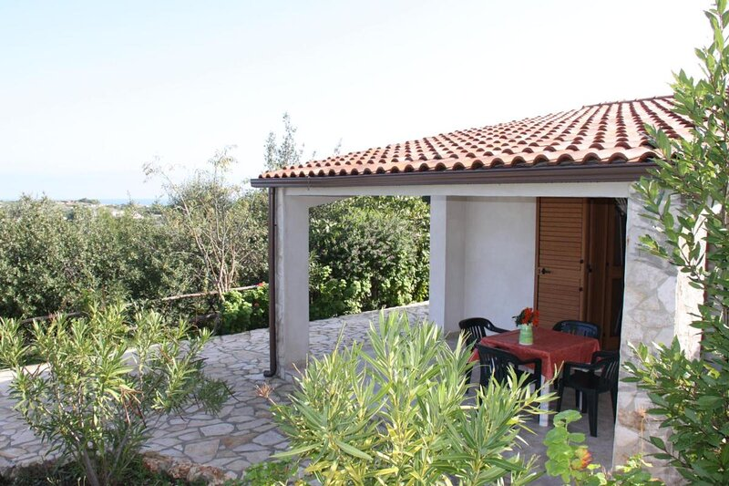 Residence Gli Stingi Apartment four people, casa vacanza a Spiaggia Scialmarino
