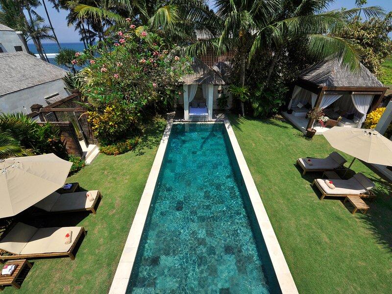 Villa Nataraja, 3BR, Ketewel, holiday rental in Sukawati