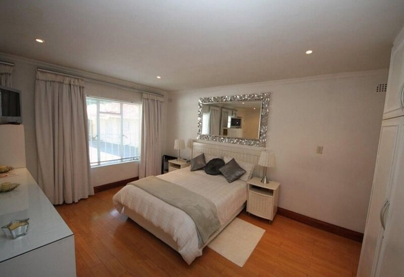Cosy private Self Catering Apartment for 2 People - The Munday, alquiler vacacional en Germiston