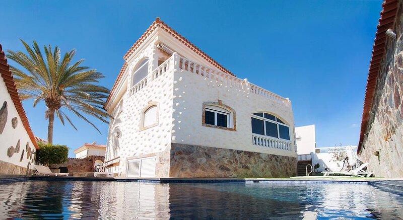 Meloneras Hills Villas I, holiday rental in Meloneras