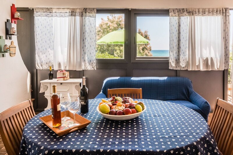 nesthome On The Sandy Beach With Parking Wifi, alquiler vacacional en Lido di Noto