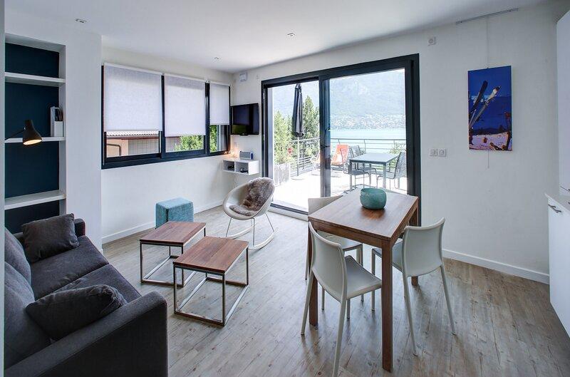 SEVRIER - Eaux Cristallines - grand appartement, location de vacances à Sevrier