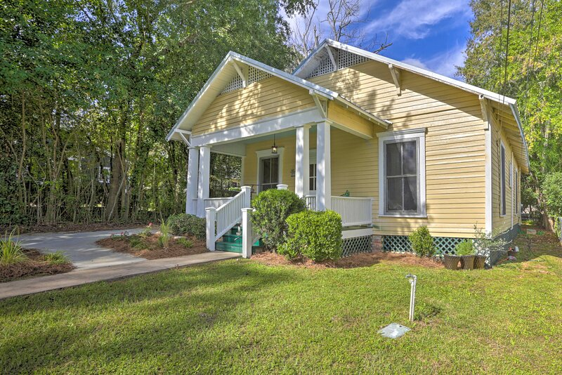 NEW! Thomasville Cottage Near The Big Oak & Dtwn!, alquiler vacacional en Thomasville