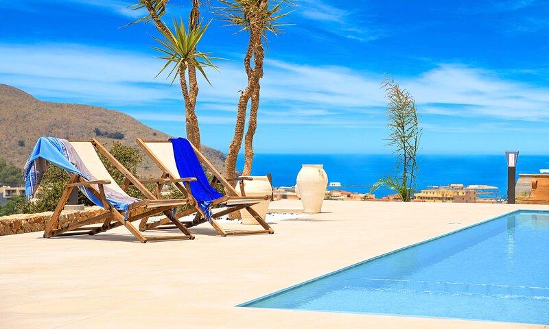 Cretan Dream Villa with Private Swimming Pool, aluguéis de temporada em Georgioupolis