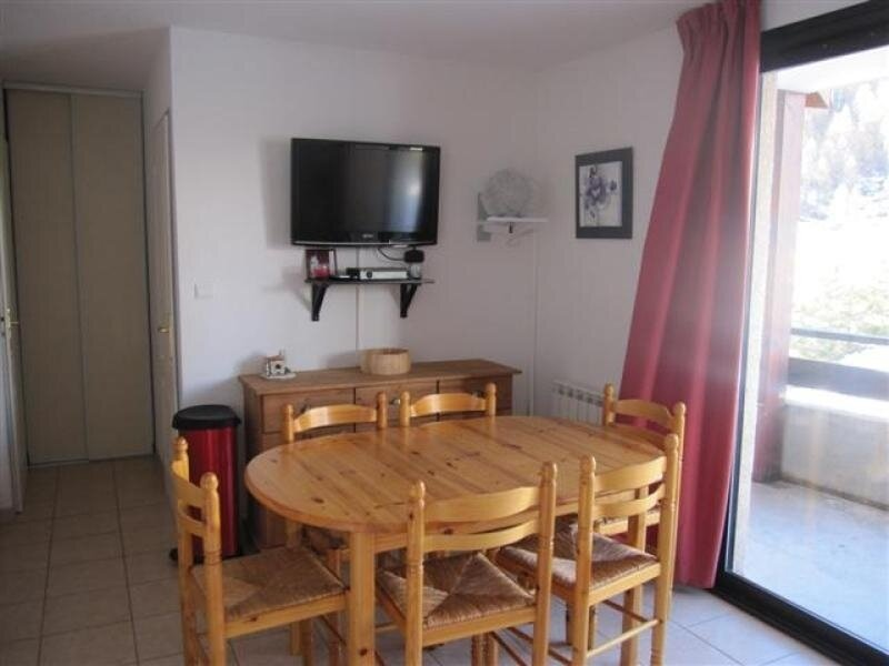 appartement T3 6 personnes Gardette B27 Réallon, holiday rental in Prunieres