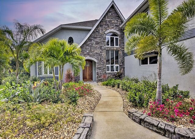 Elegant Eau Gallie Harbor Home | Water Views, Gourmet Kitchen, Patio & Grill, holiday rental in Melbourne