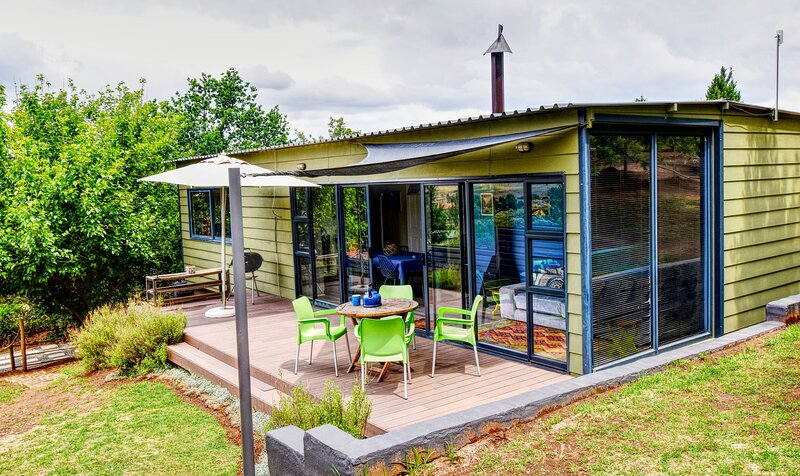 Golden View Luxury Self Catering Cottage, vacation rental in Free State