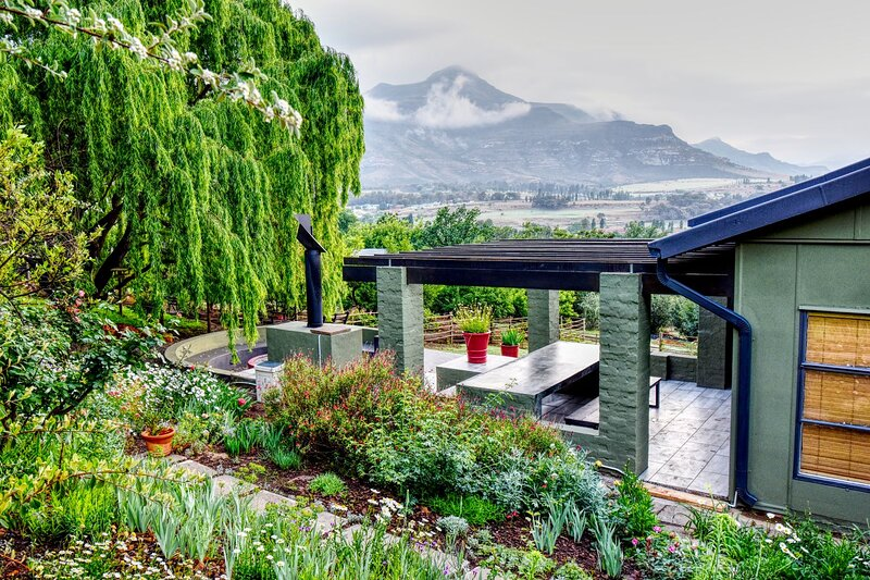 Golden View Luxury Self Catering: Willow house – semesterbostad i Free State