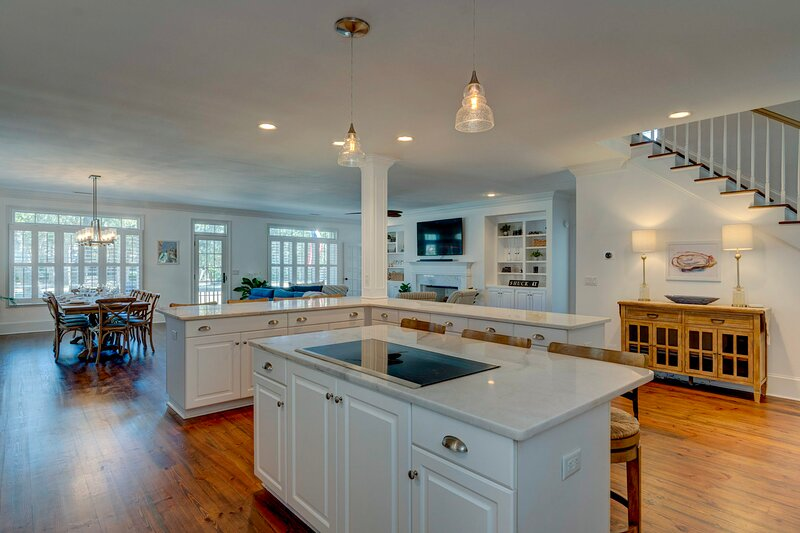 Large kitchen with everything a chef would need