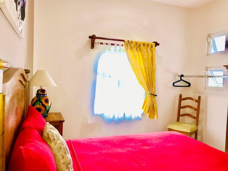 Beautiful 11 pax Comfort Pool Villa, holiday rental in Playacar