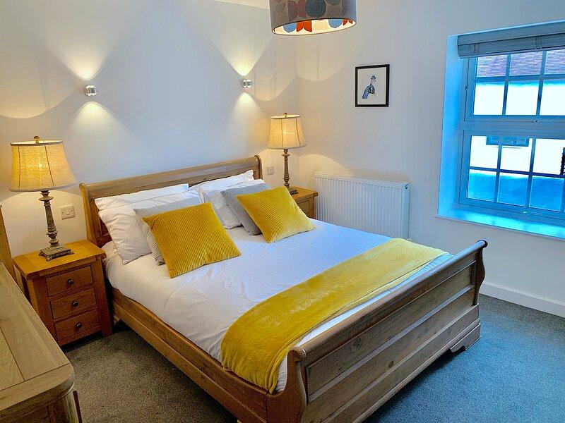 The Nutcracker Suite. Beautiful apartment with period features close to Airport, location de vacances à Borrowash