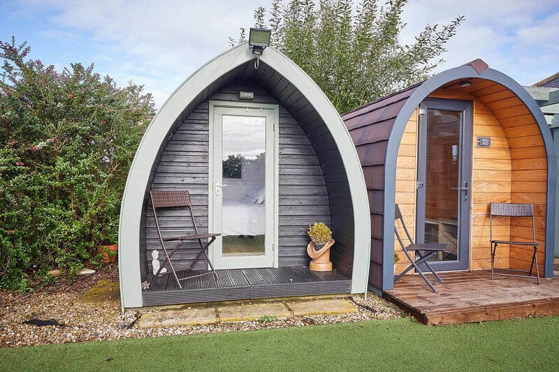 Single Cosy Pod at Goldenhill, holiday rental in Waren Mill