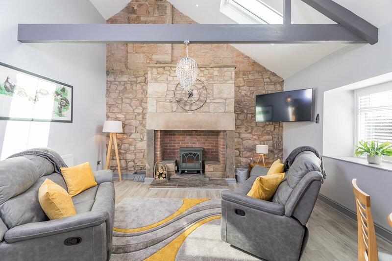 No.2 Lavender Cottage, holiday rental in Waren Mill