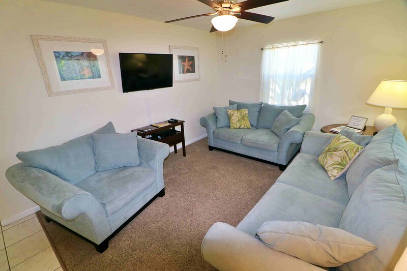 Desirable for Fishing, Golfing, and Sun 'n Fun!, holiday rental in Trinity