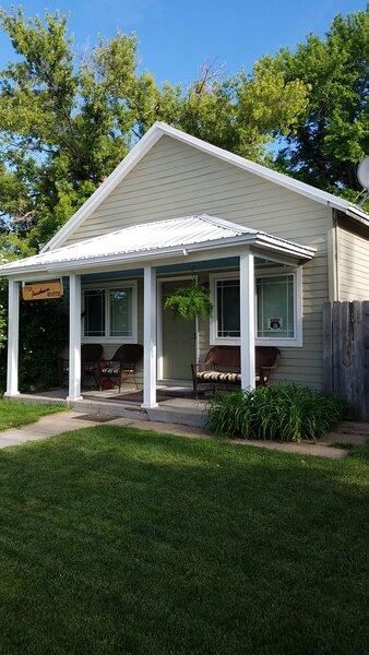 The Jackson Suite St. Francis, KS Guest House, aluguéis de temporada em Saint Francis