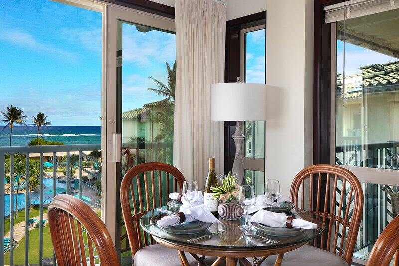 E404 Oceanview Dining