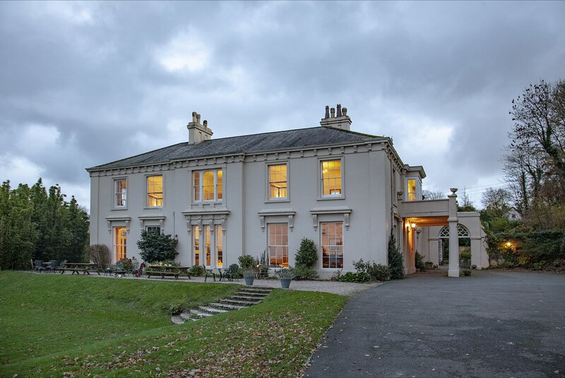Hallsannery House, holiday rental in Buckland Brewer