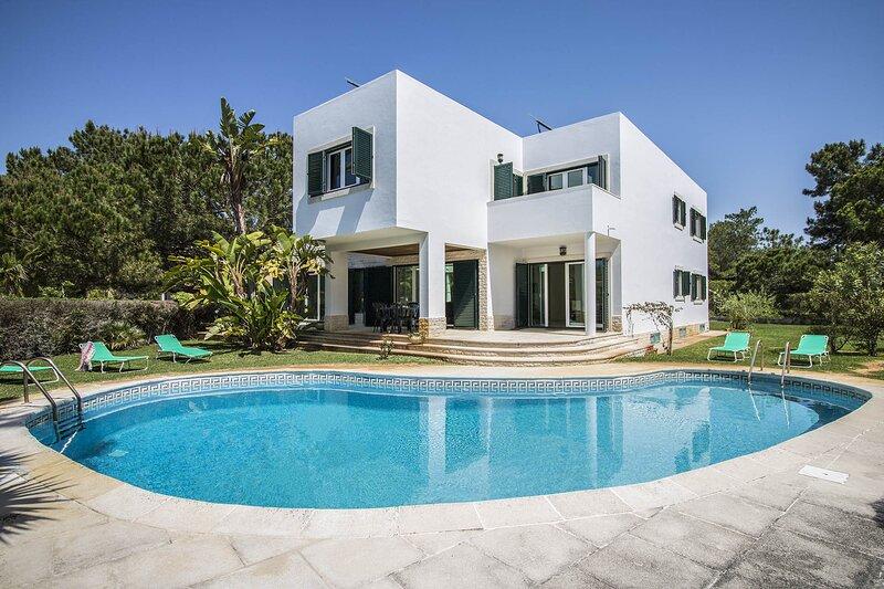 Villa Teddy, holiday rental in Troia