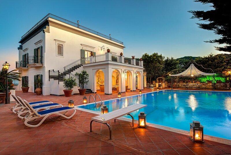 Palazzo Villa Dei Nobili, holiday rental in Colli di Fontanelle