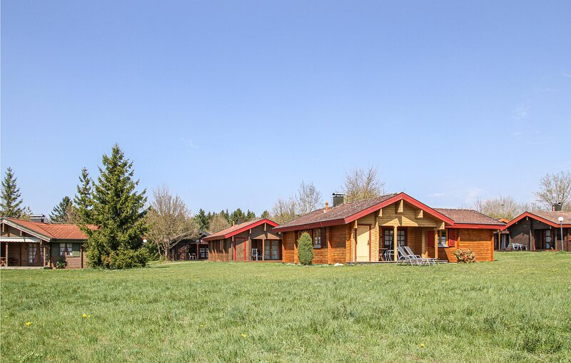 Awesome home in Hayingen with Sauna and 3 Bedrooms (DBW122), holiday rental in Sankt Johann