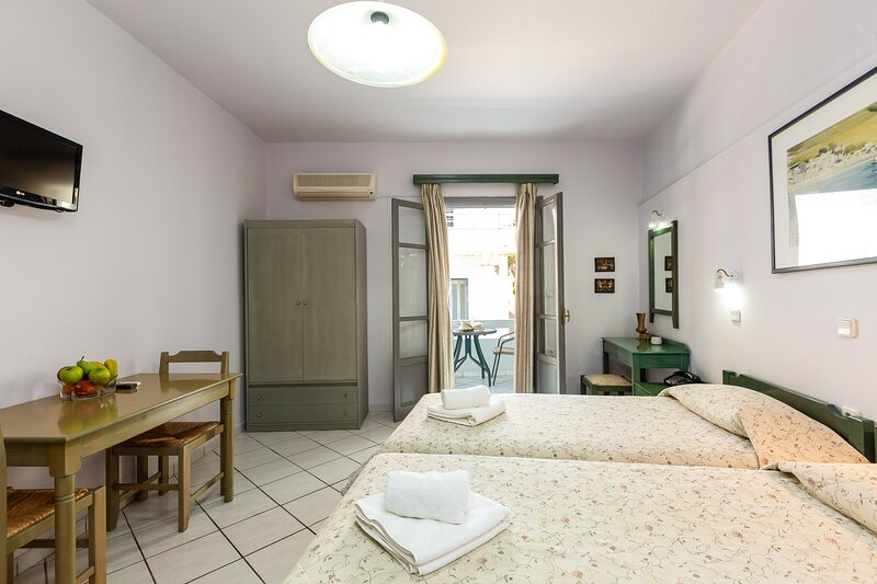 Budget studio for two, alquiler vacacional en Roumeli