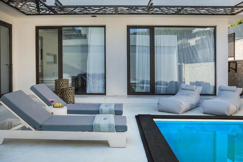 Modern Minimalist Villa Helias, aluguéis de temporada em Katelios