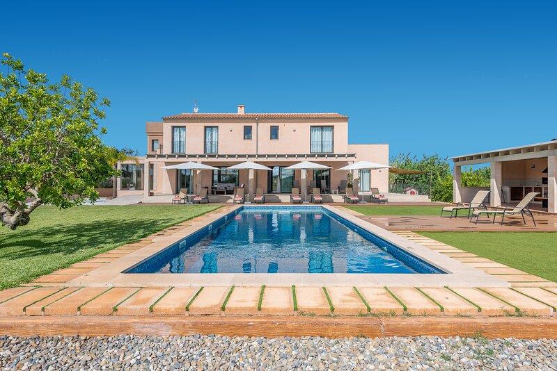 La Torre de Aumallia de Mallorca es una villa rural de lujo con SPA, baño turco, vacation rental in Felanitx
