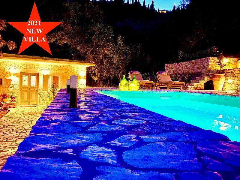 Villa Eva Agni with private pool, location de vacances à Kalami