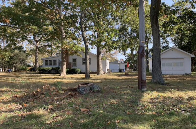 Cozy Cottage with private beach access, holiday rental in Riverhead