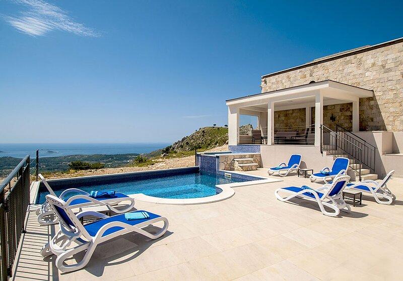 Luxury Villa Leni, location de vacances à Ivanica