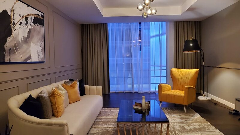 Newly Furnished 3 Beds in Limestone House, DIFC, holiday rental in Sharjah