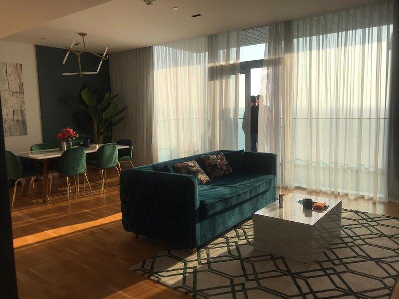 Full Sea View, 1 Bedroom in Blue Waters, holiday rental in Sharjah
