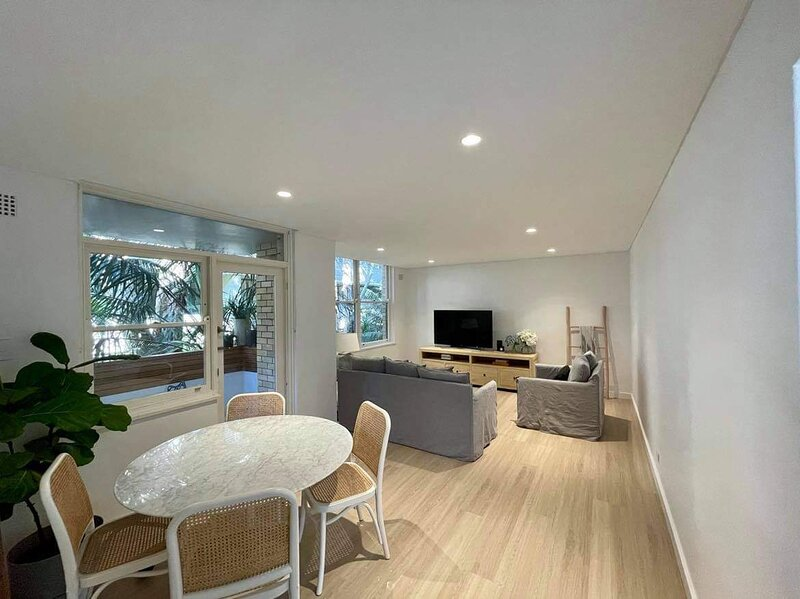 Ultimate Convenience/ Modern Beach Pad, holiday rental in Bilgola
