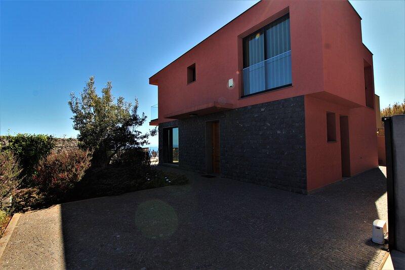 Villa Eden Roze, holiday rental in Jardim do Mar