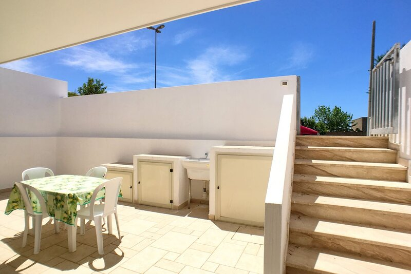 Appartamento Turchese a torre Vado, vacation rental in Torre Vado