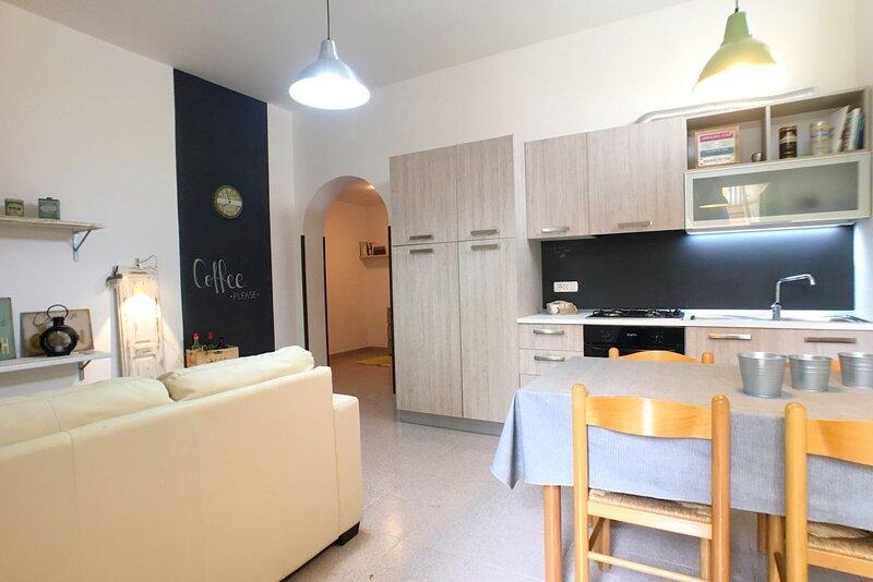 Appartamento Roberta, 2 camere, Torre Vado, holiday rental in Torre Vado