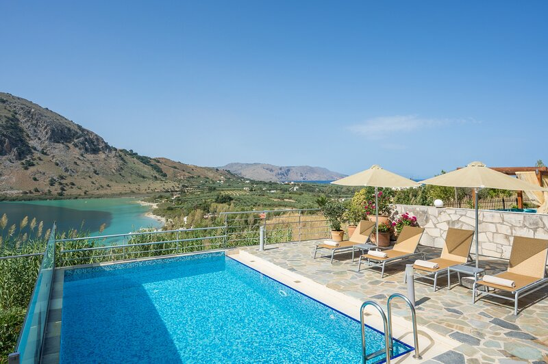 Ideal for family,serenity,relaxing,view, vacation rental in Balarina