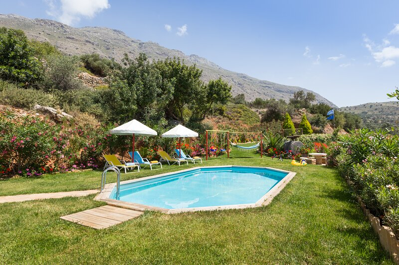 Triopetra Panagia Villa I, a magical sanctuary in South Crete!, holiday rental in Triopetra