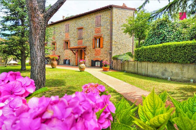 Casa da Pietro-vista giardino, Greve in Chianti, holiday rental in Poggio alla Croce