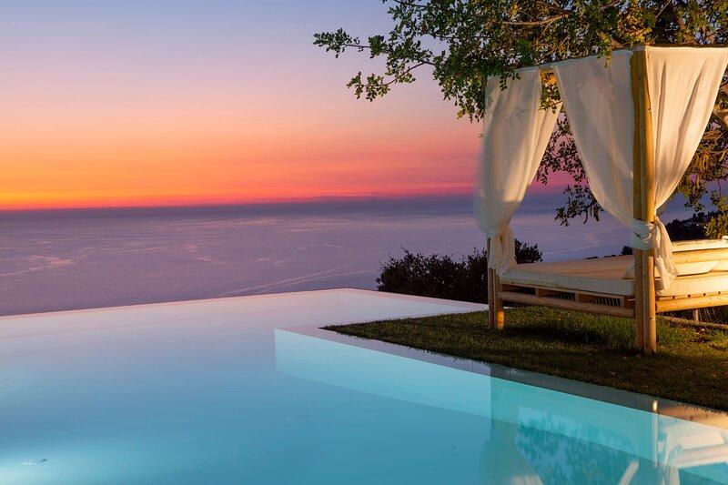 10%:Luxury Villa with endless sea view,close to famous Porto Katsiki!, holiday rental in Dragano