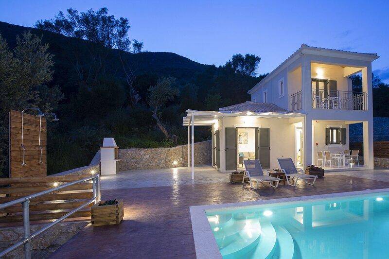 Horizon Villa Nefeli with sea view near sandy Ponti beach, holiday rental in Dragano