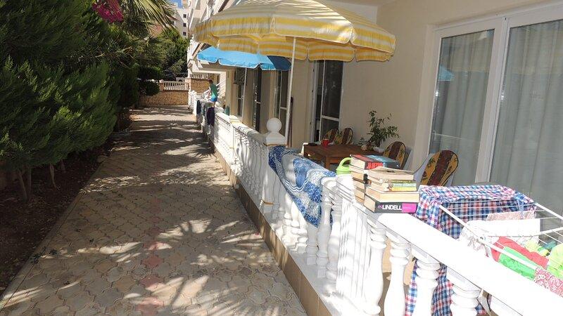 Huge 3 bed apt, 100m to beach, Mavisehir, TURKEY (AF 2020-60), location de vacances à Mavisehir