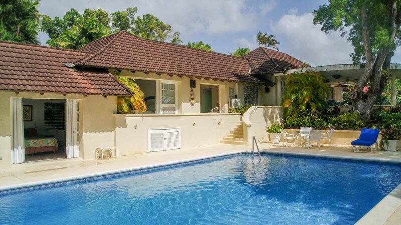 Molyneux Villa Sleeps 6 with Pool and Air Con - 5769102, location de vacances à Saint Thomas Parish