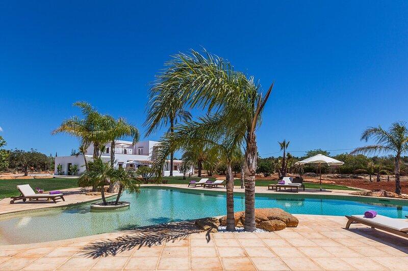 Villa Violet, holiday rental in Cala Llenya